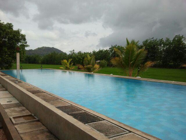 Swimmingpool Hotel Thilanka Dambulla