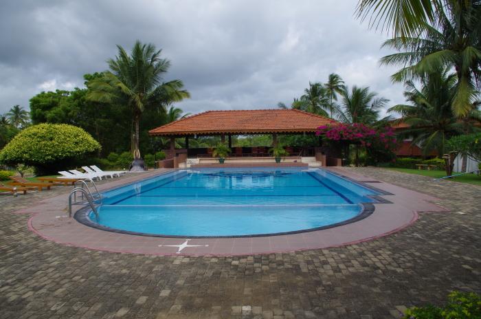 Pool Hotel Paradise Resort Yapahuwa